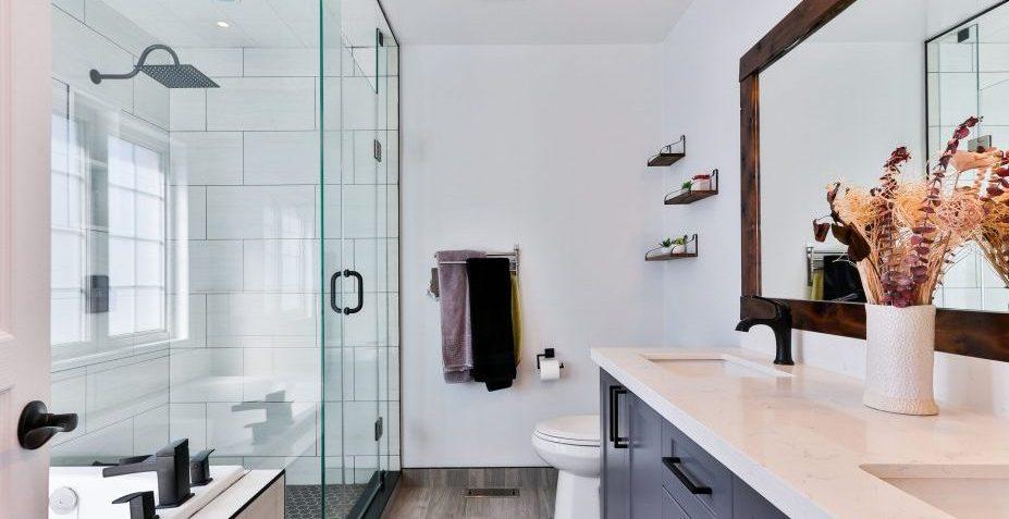 Best Bathroom Renovation Services in Etobicoke